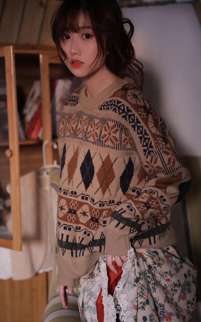 摄影: 毛衣慵懒软妹纸